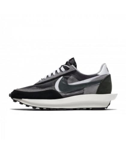 Nike Sacai